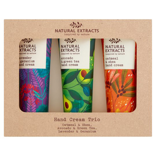 Amy Grimes creates patterns of natural extracts for Tesco.